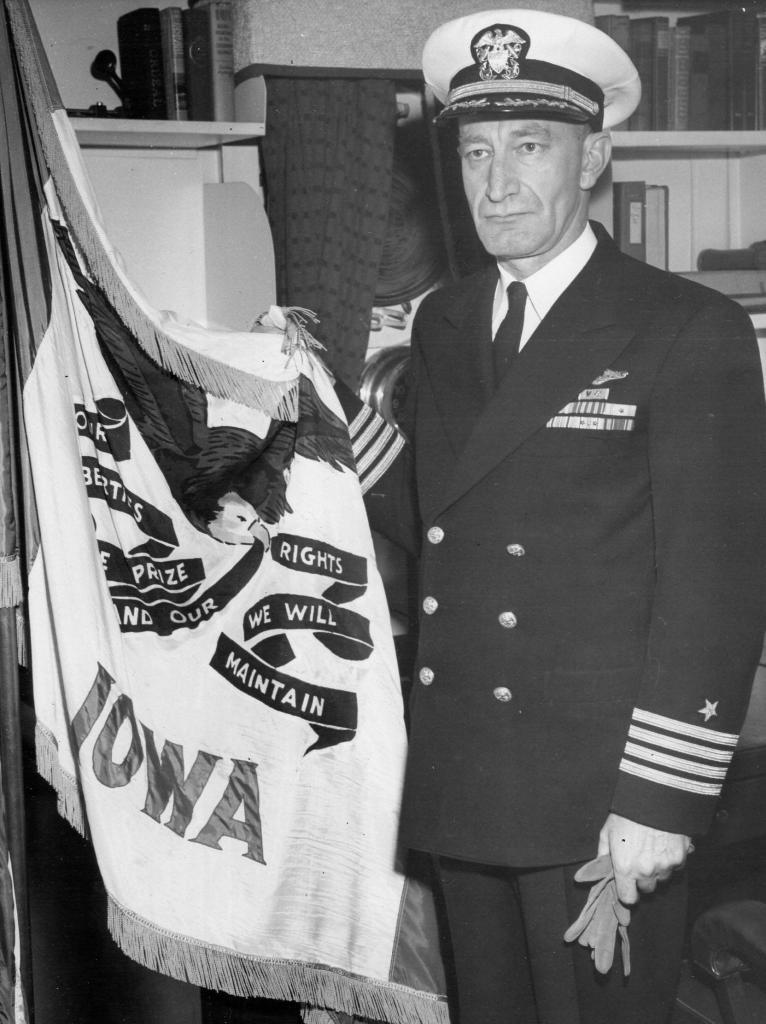 Captain William F. Jennings, USN Becomes Commanding Officer