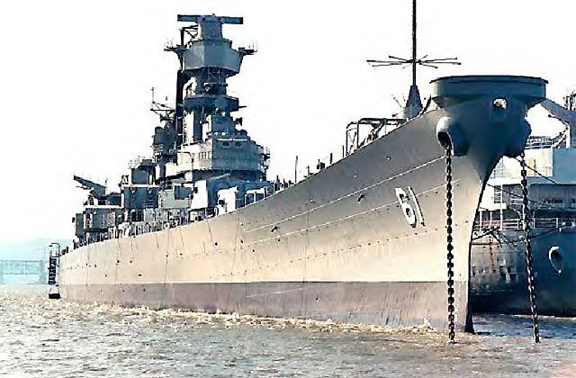 USS IOWA AWARDED TO THE PACIFIC BATTLESHIP CENTER